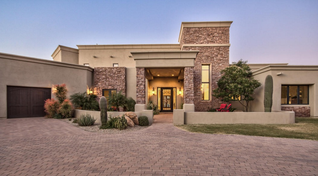 Sarah Palin's Arizona Estate Is Up For $2.5 Million