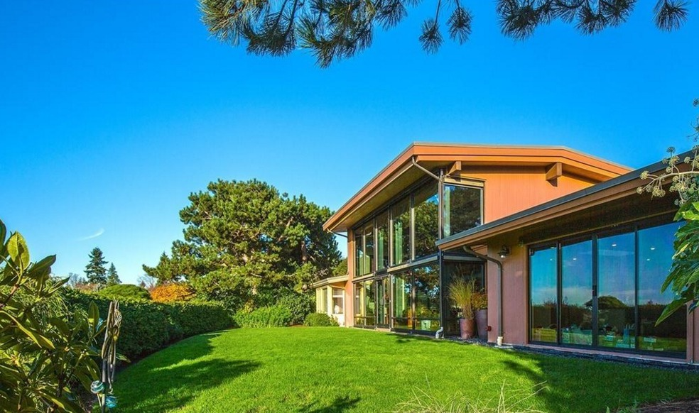 Microsoft Ceo Satya Nadella S Home Is Up For 3 5 Million
