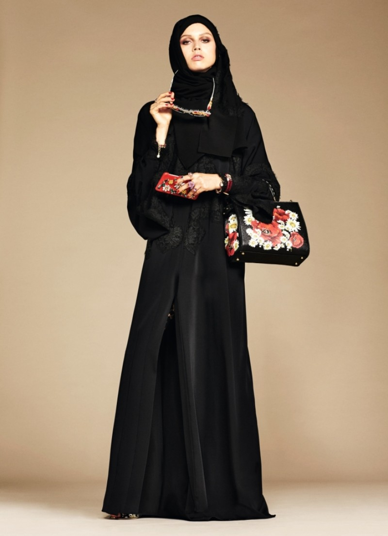 dolce-gabbana-abaya-collection_3