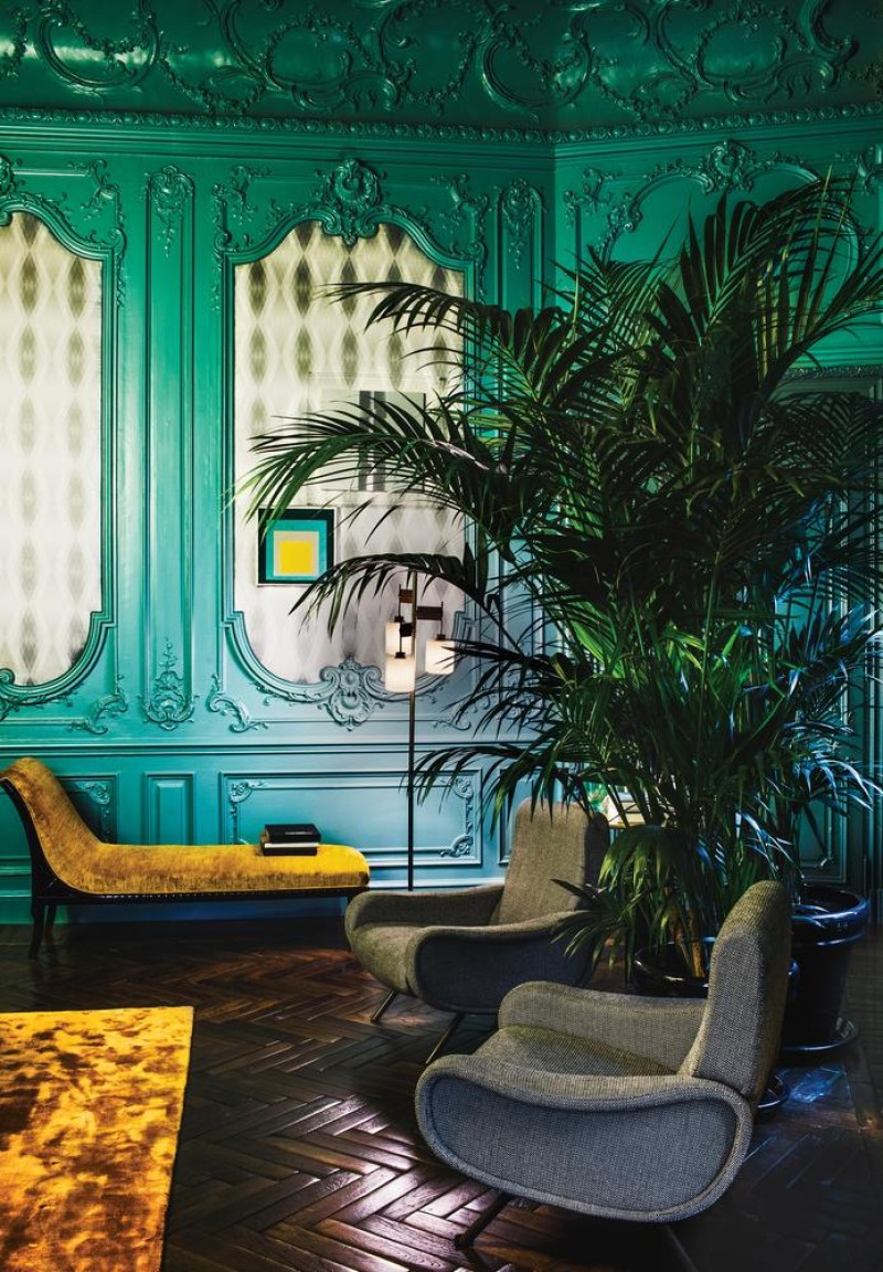 inside fendi s new hotel in rome pursuitist. Black Bedroom Furniture Sets. Home Design Ideas