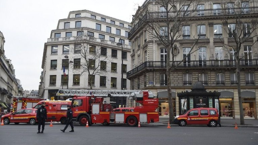 paris-ritz-fire