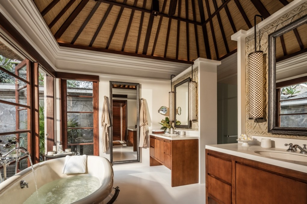 premier_villa_bathroom_copy
