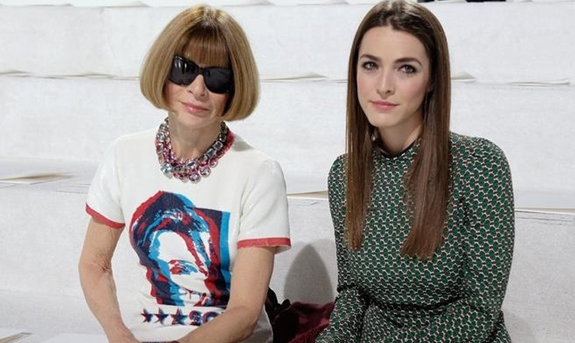 Anna Wintour​ Wears Marc Jacobs' Hillary Clinton T-shirt At New York Fashion Week