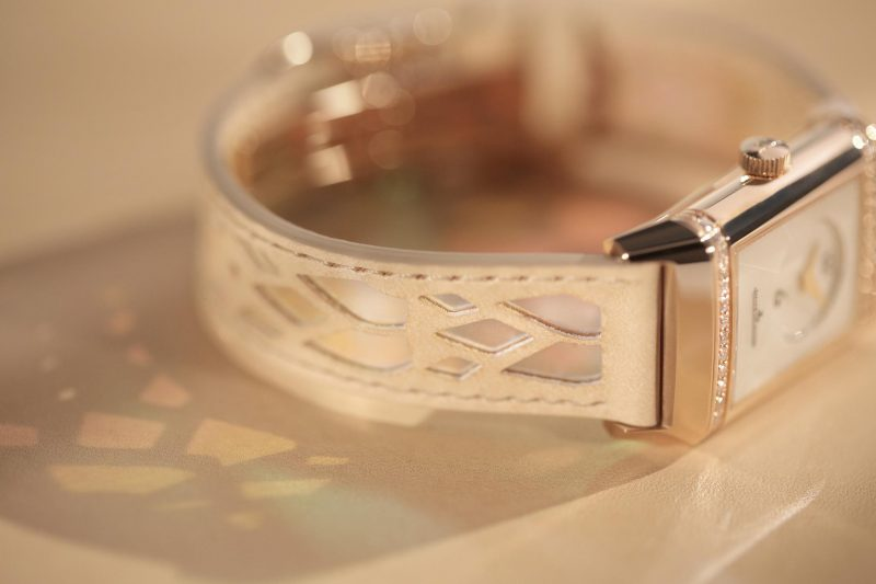 Jaeger-LeCoultre-Reverso-by-Christian-Louboutin_7