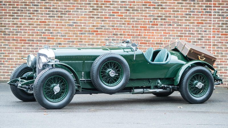 Louis_Vuitton_1931-Bentley_8_Litre_1