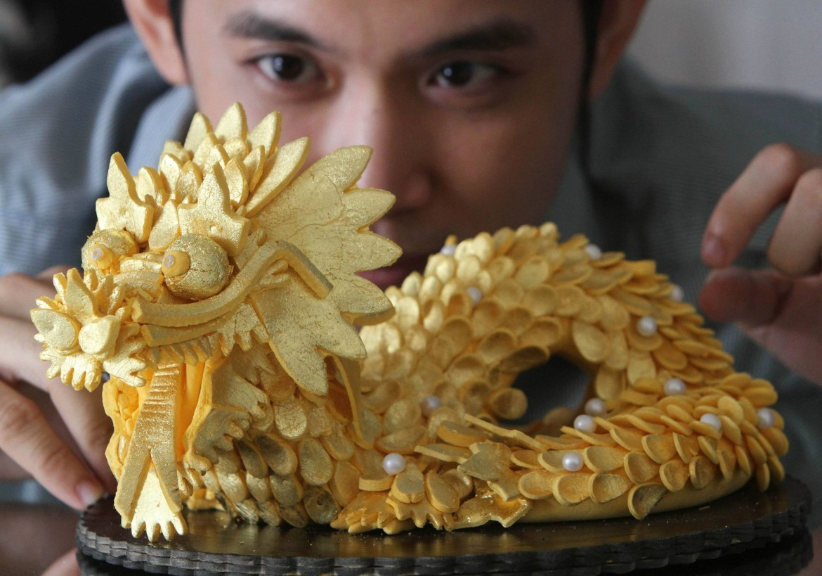 World's Most Expensive Sushi With Midas' Golden Touch