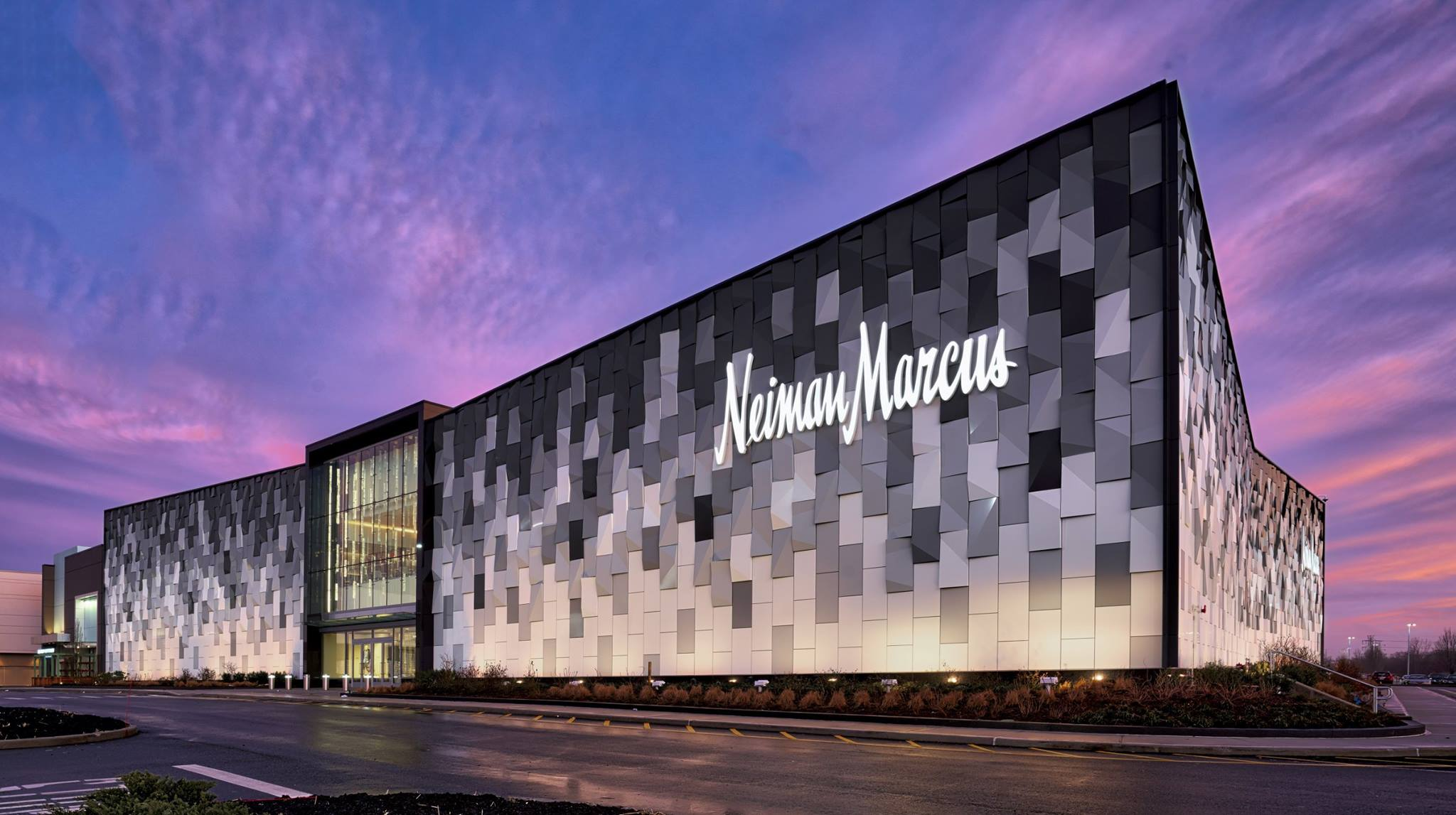 Inside Neiman Marcus New Store At Long Island New York