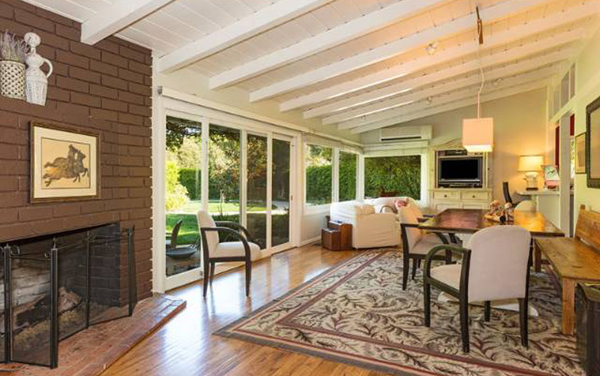 Inside Julia Roberts' Second Malibu Estate