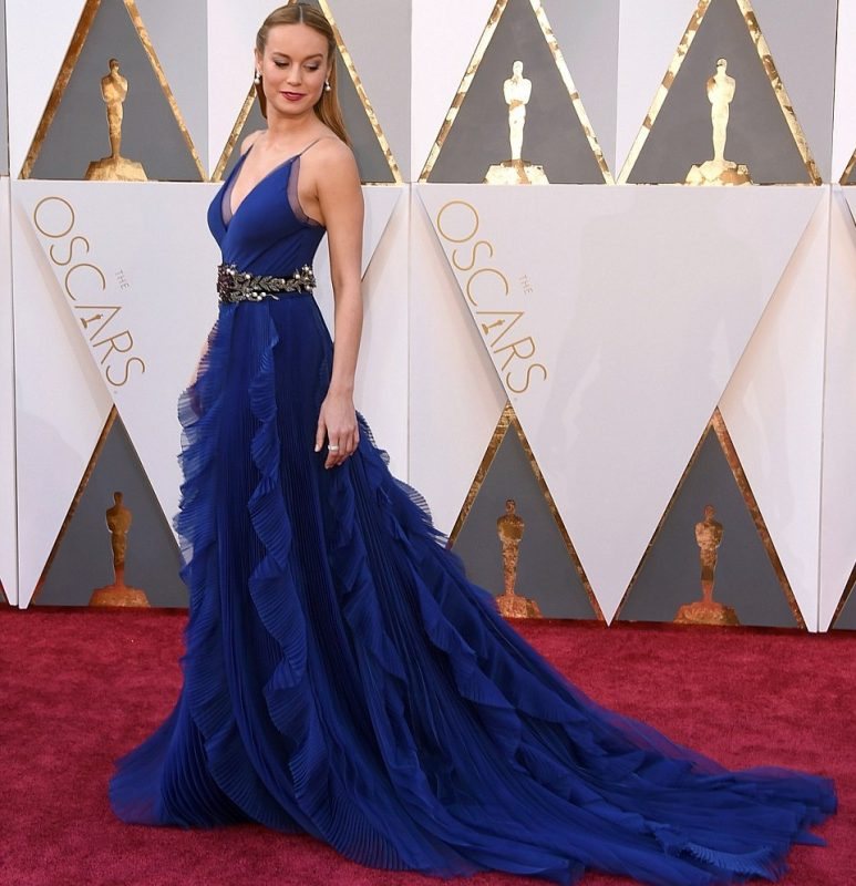 oscars2016_red_Carpet_ Brie_Larson_1