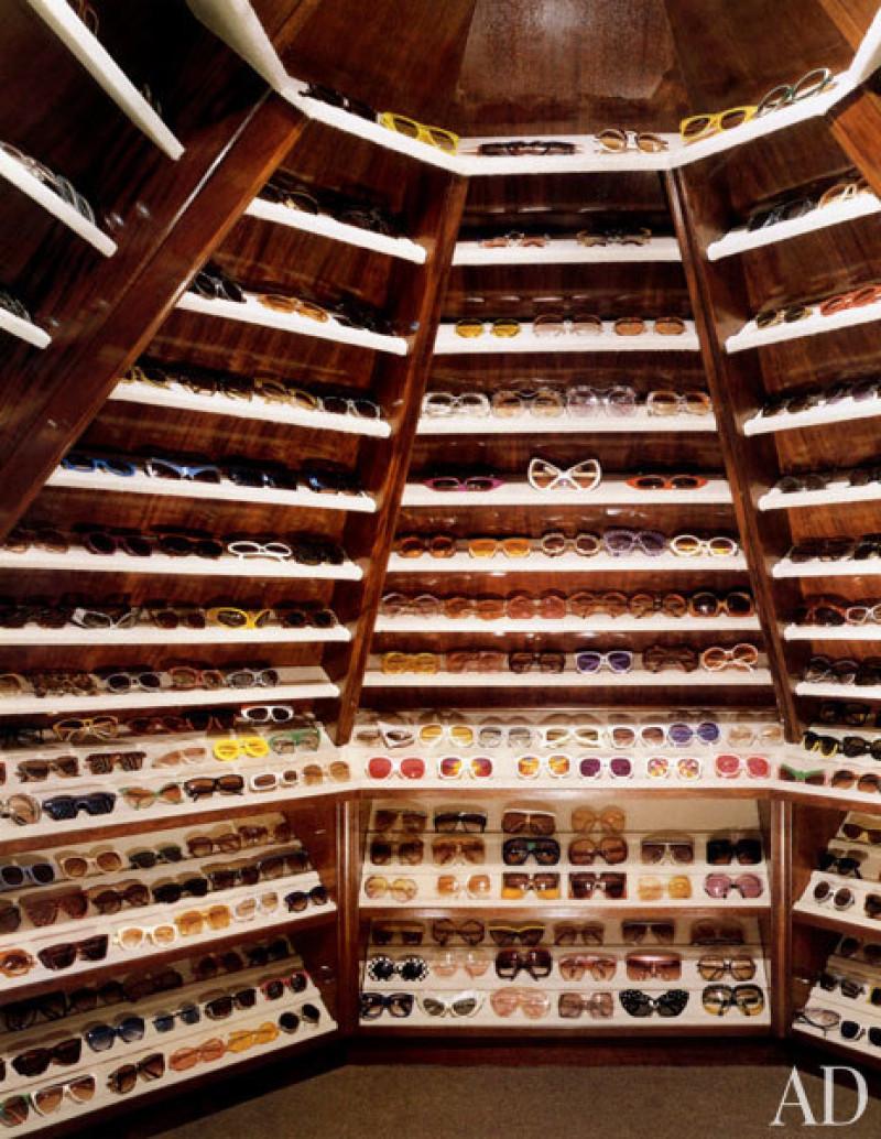 Elton_John_closet