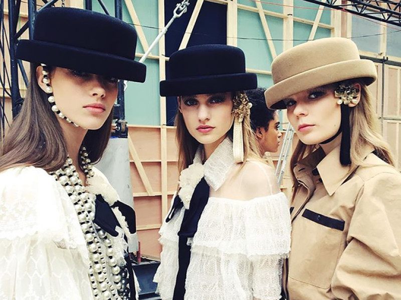 chanel-fall-winter-2016-17-ready-to-wear-riding-hats
