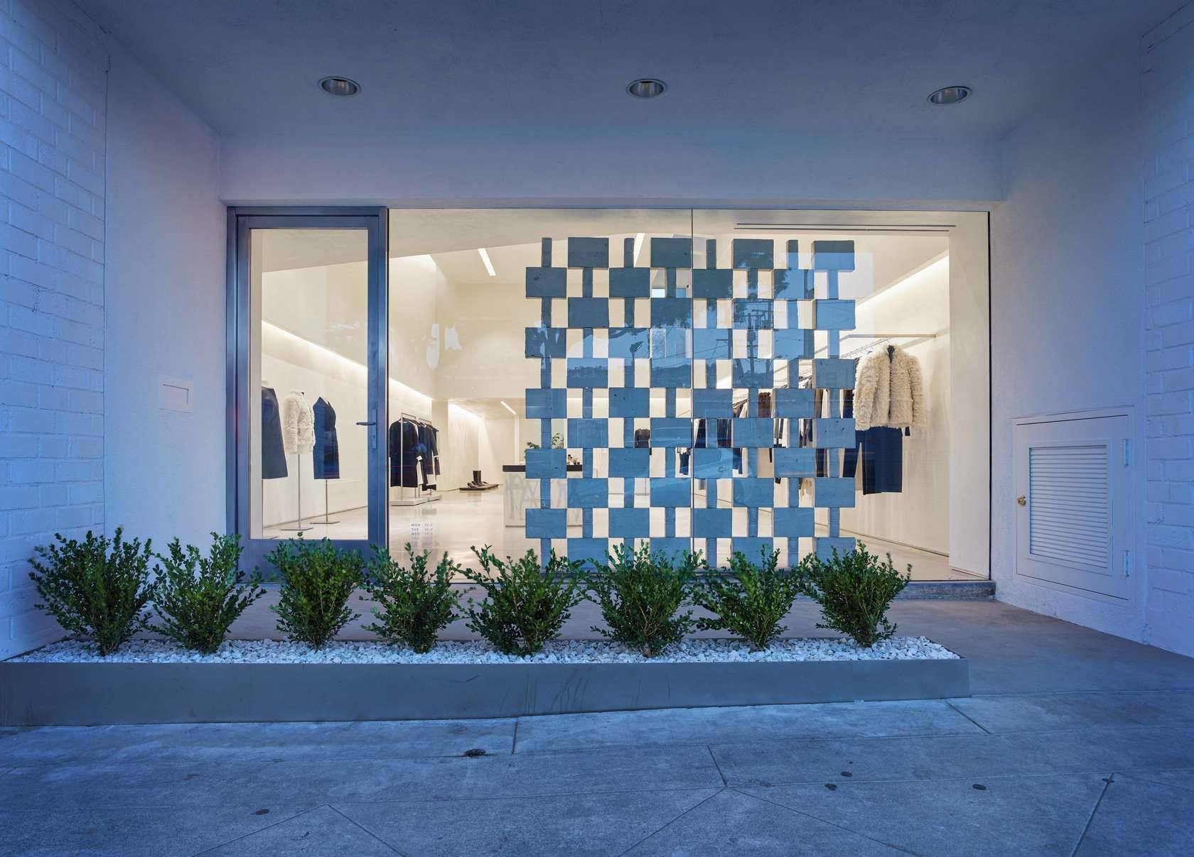 New Helmut Lang Boutique In Los Angeles2