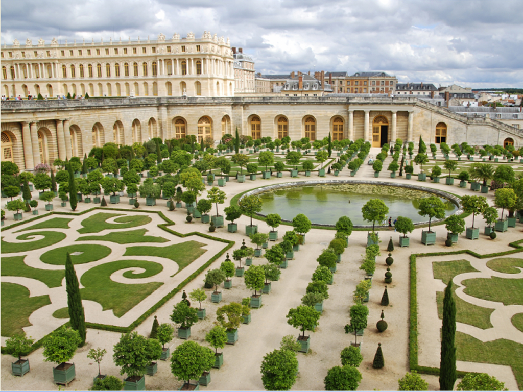 alain ducasse to open a luxury hotel and restaurant at On architecte jardin versailles