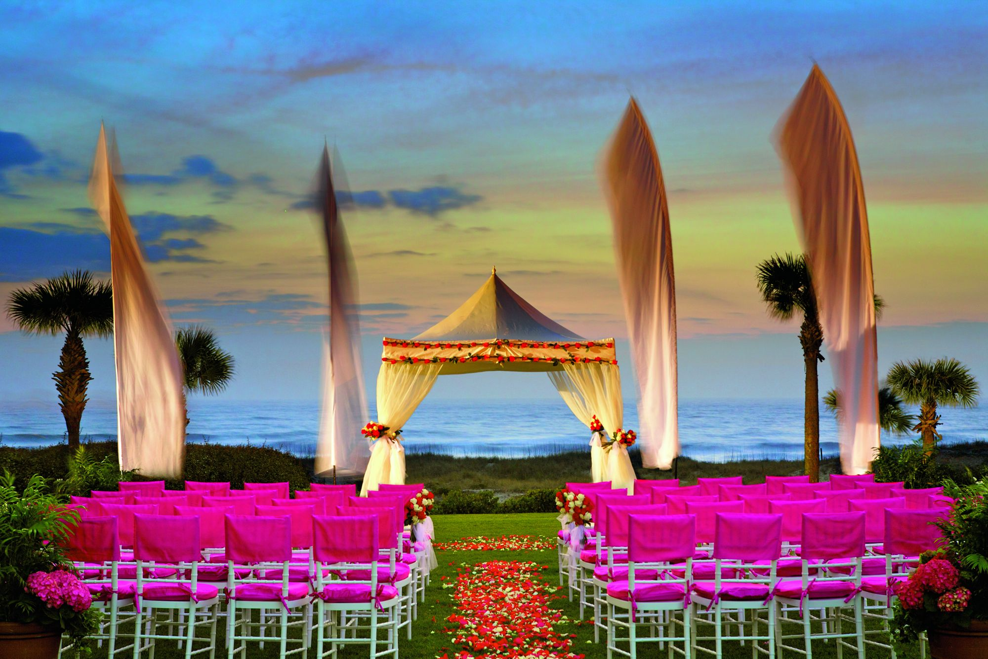 Best Luxury Beachfront Wedding Venues In The US - Pursuitist