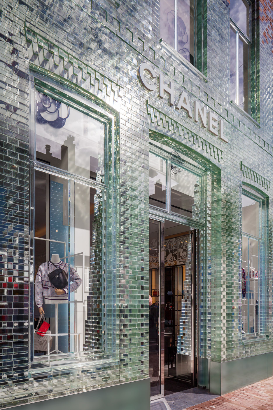 Stunning Glass-Front Chanel Boutique In Amsterdam3
