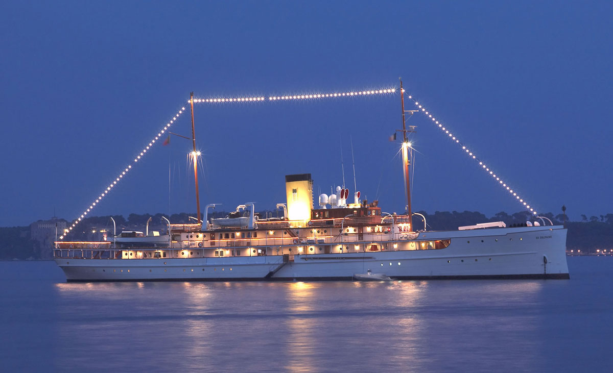 Sail the Seas on this Historical Yacht from the Roaring '20s
