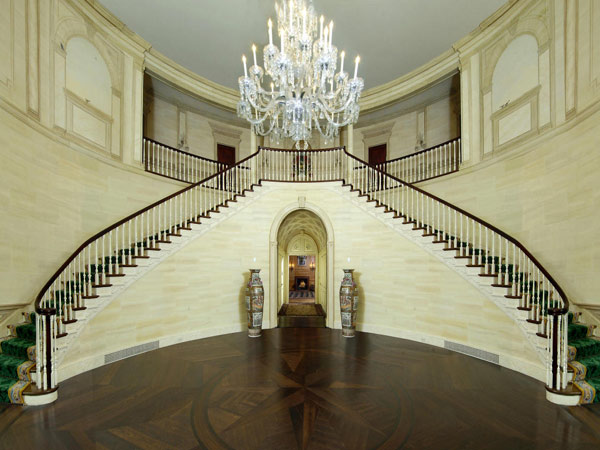 luxury_homes_donald_trump_greenwich_mansion_4_