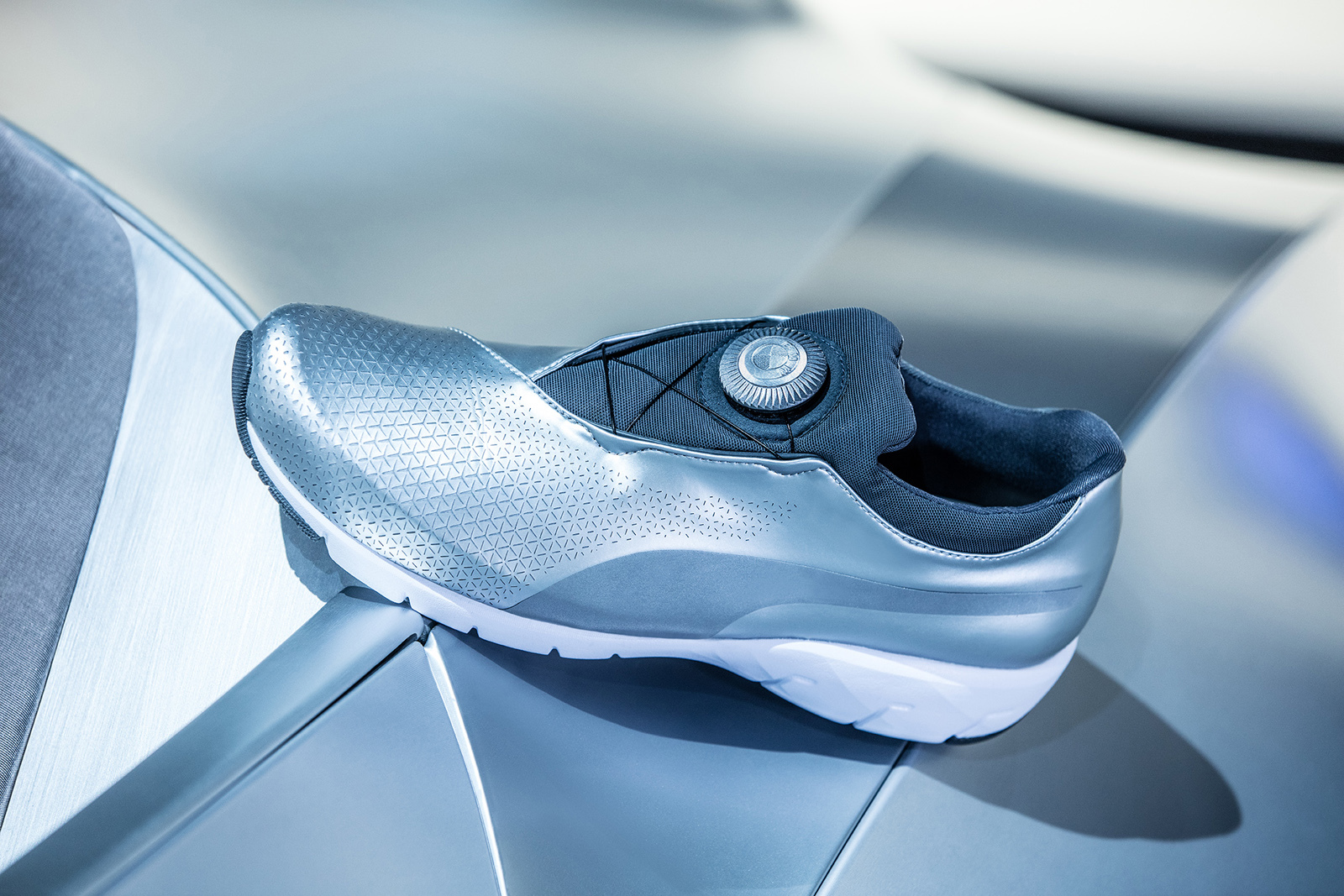BMW & PUMA's X CAT DISC Sneaker Pursuitist