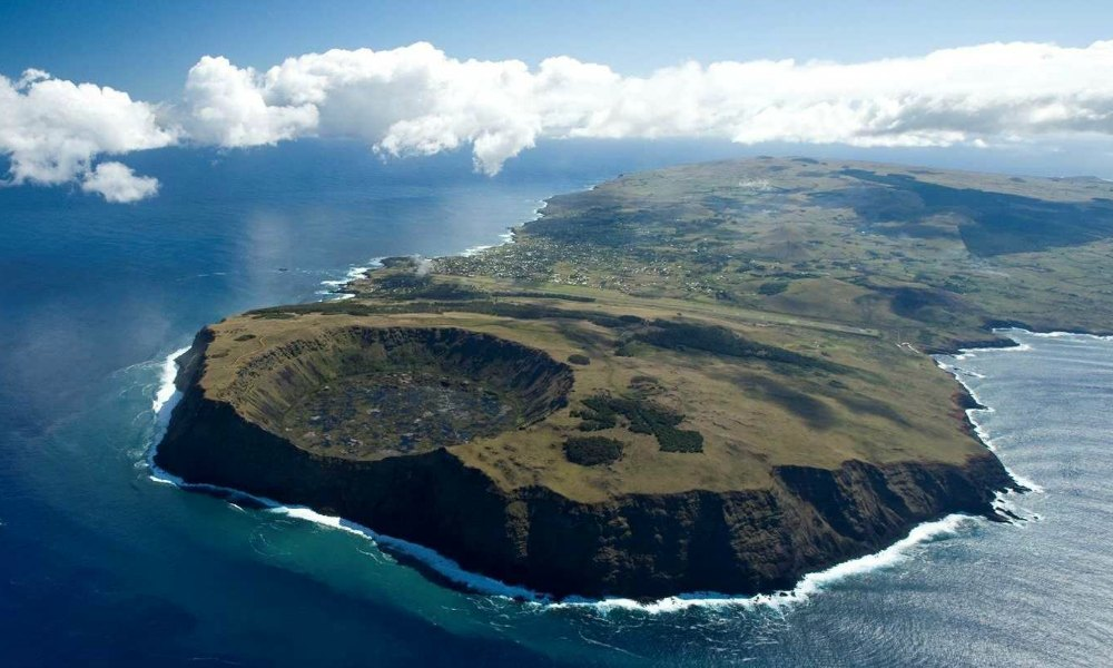 easter-island-aerial