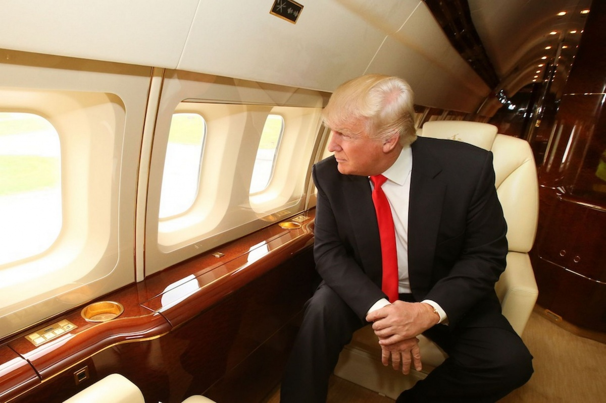 Inside Trump Force One, Donald Trump's Private Boeing 757