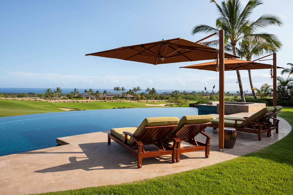 Stunning Oceanfront Home in Hualalai