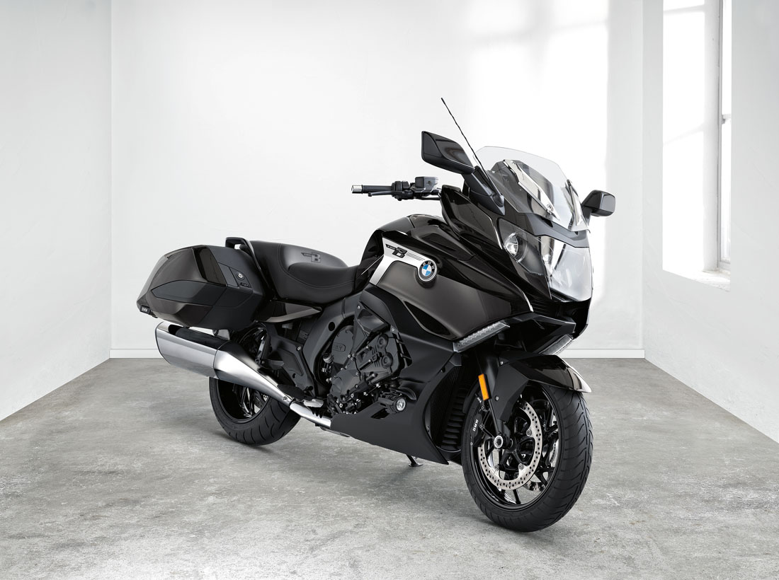 First Look: BMW K 1600 B