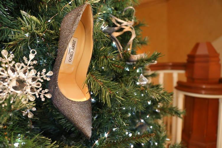 Jimmy_choo_Montage_Laguna_Beach_Christmas_tree_2