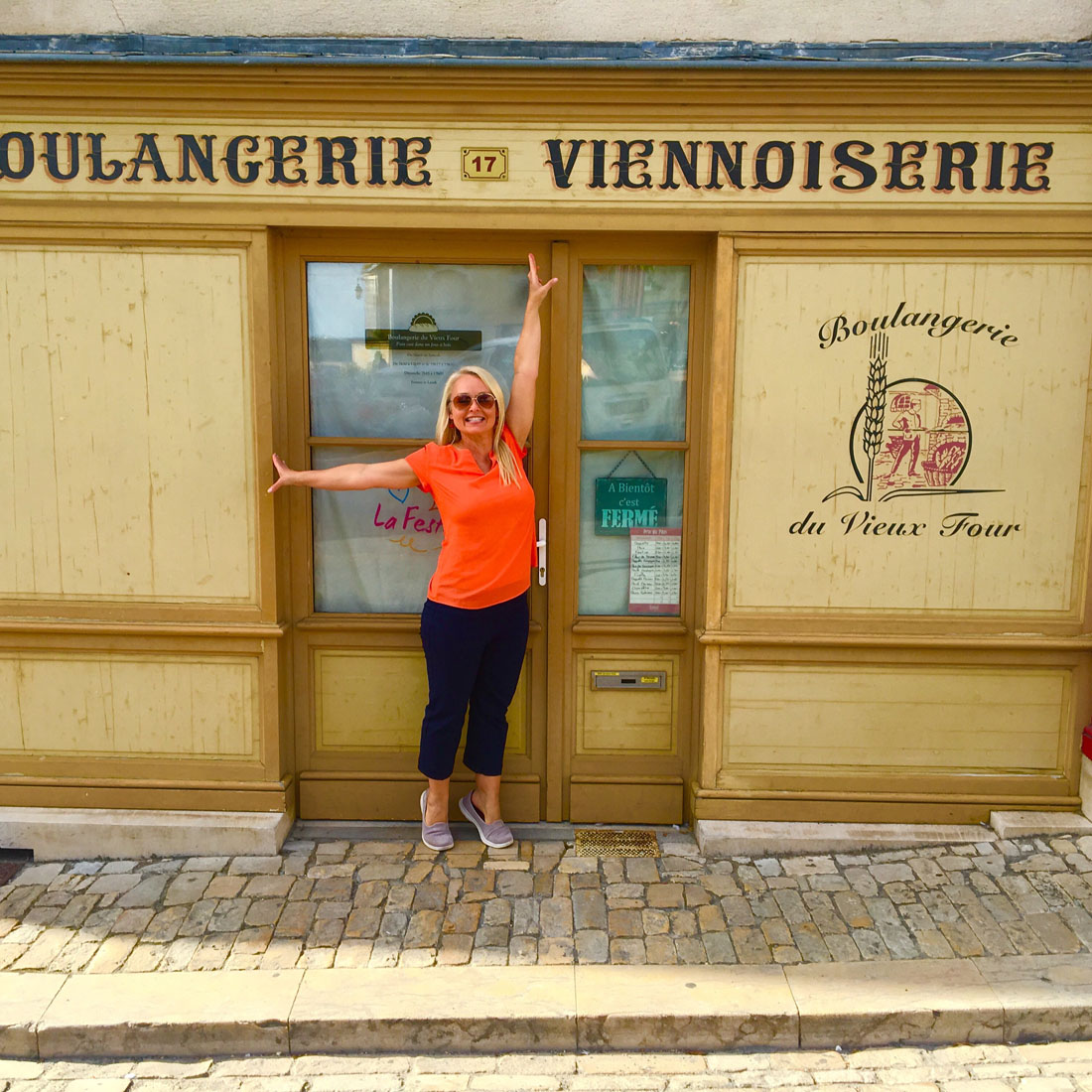 Curious Traveler Cruises Through France