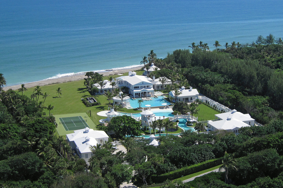Céline Dion's Florida Estate Along With A Water Park Is Up For $38.5 Million