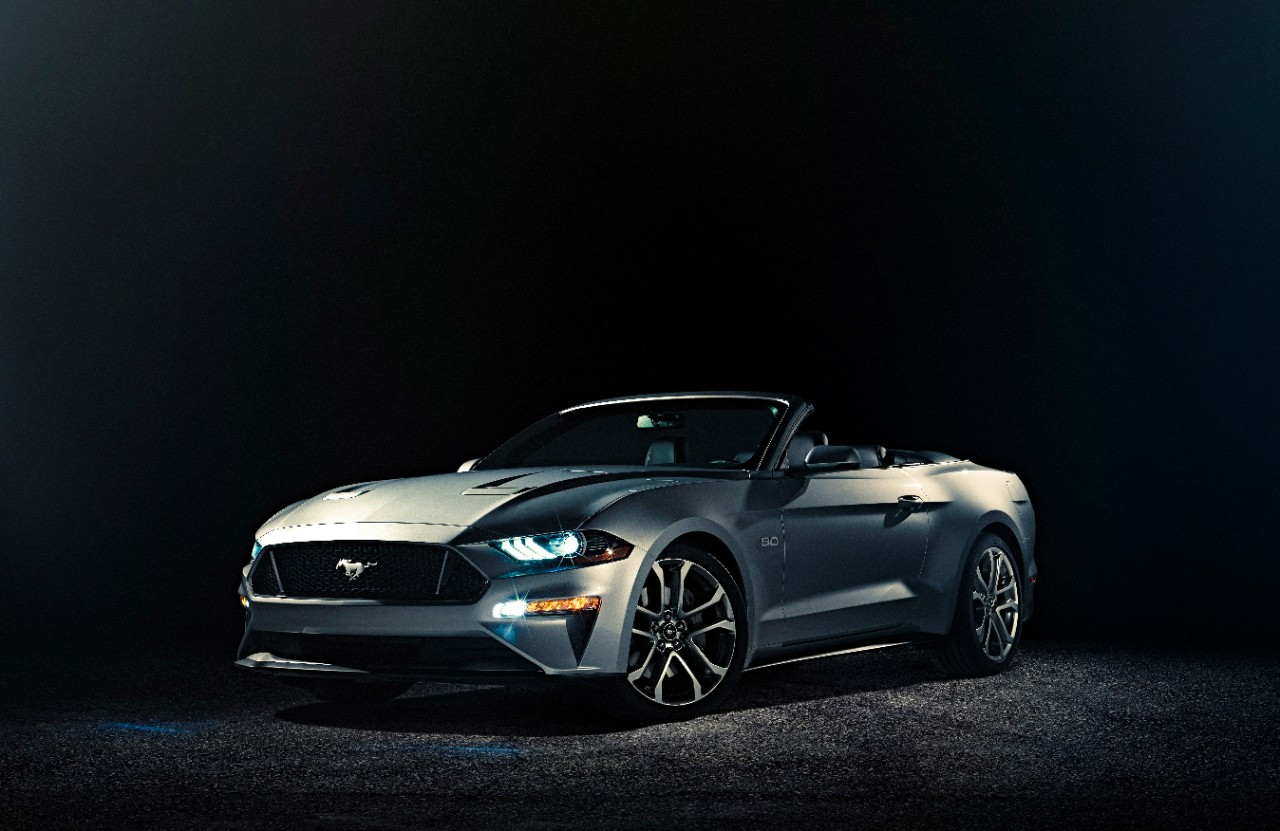 Ford Unveils 2018 Mustang Convertible