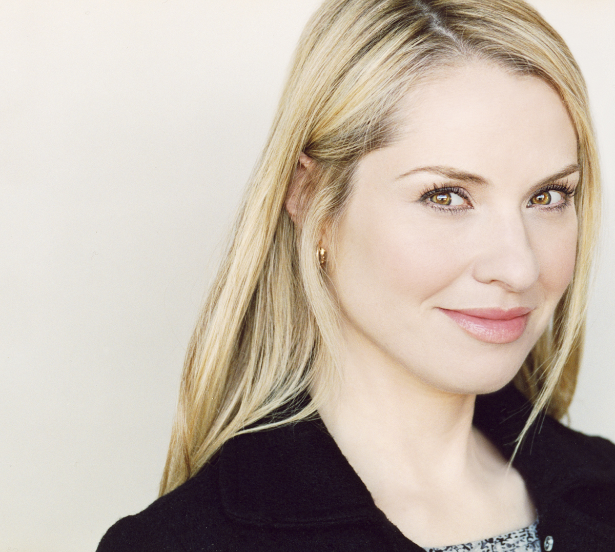 The Overhead Compartment with Leslie Grossman