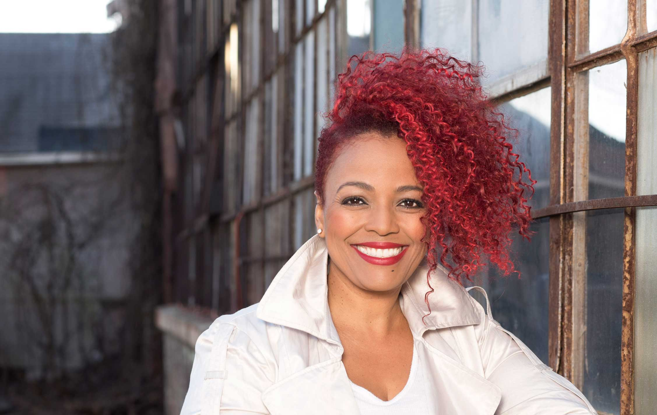 The Overhead Compartment With Kim Fields - Pursuitist