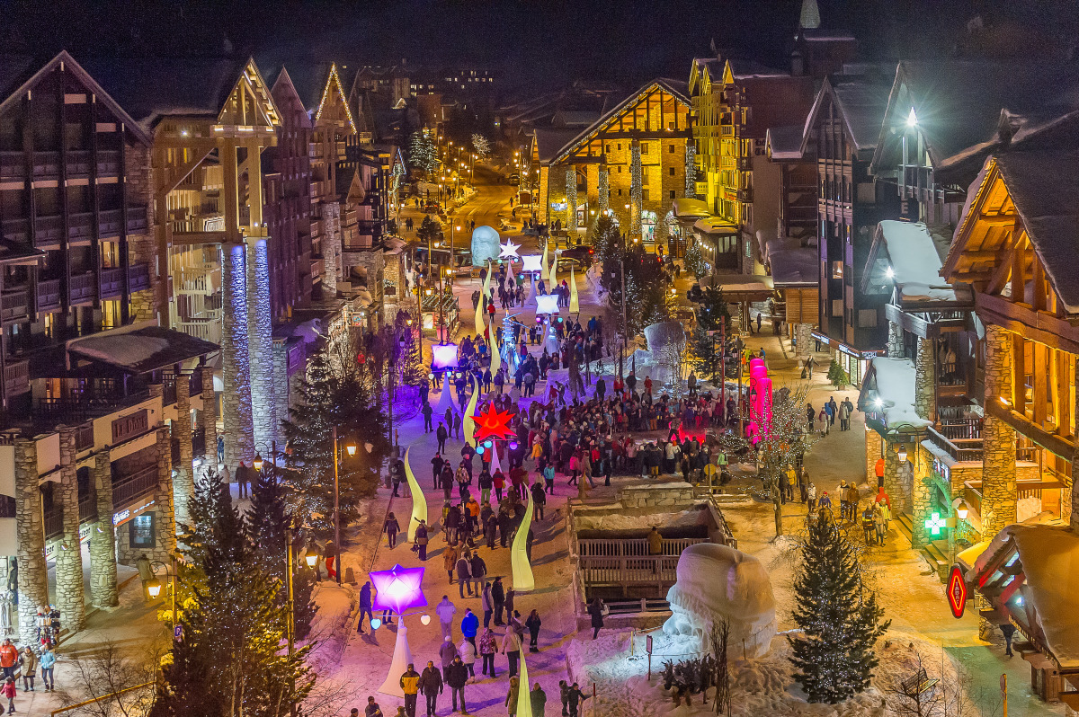The town of Val d'Isère at night.
