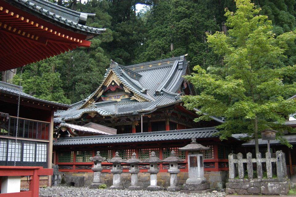 Futarasan Jinja shrine