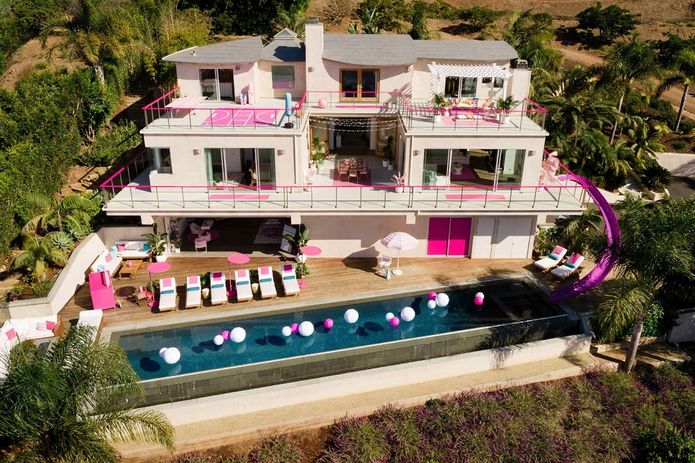 Barbie's Airbnb Malibu Dreamhouse